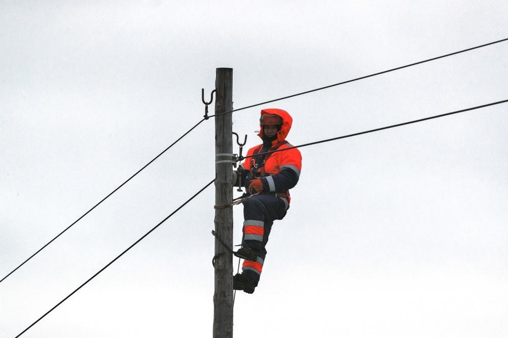 В Кандалакшском районе Мурманской области восстановительные работы на объектах связи затруднены обесточиванием ЛЭП 1