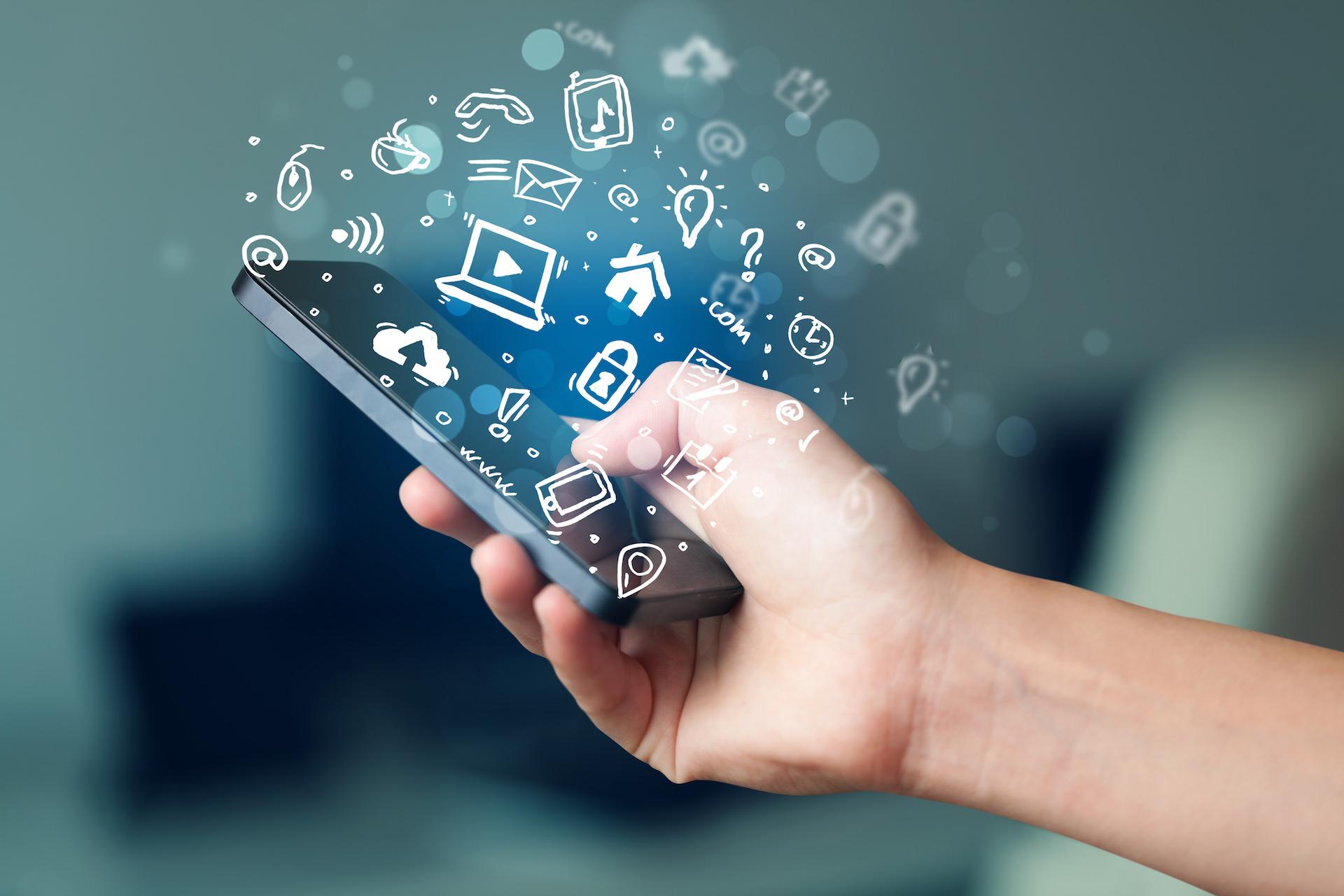 В Росси за год количество базовых станций стандарта LTE операторов «большой четверки» выросло в полтора раза 1