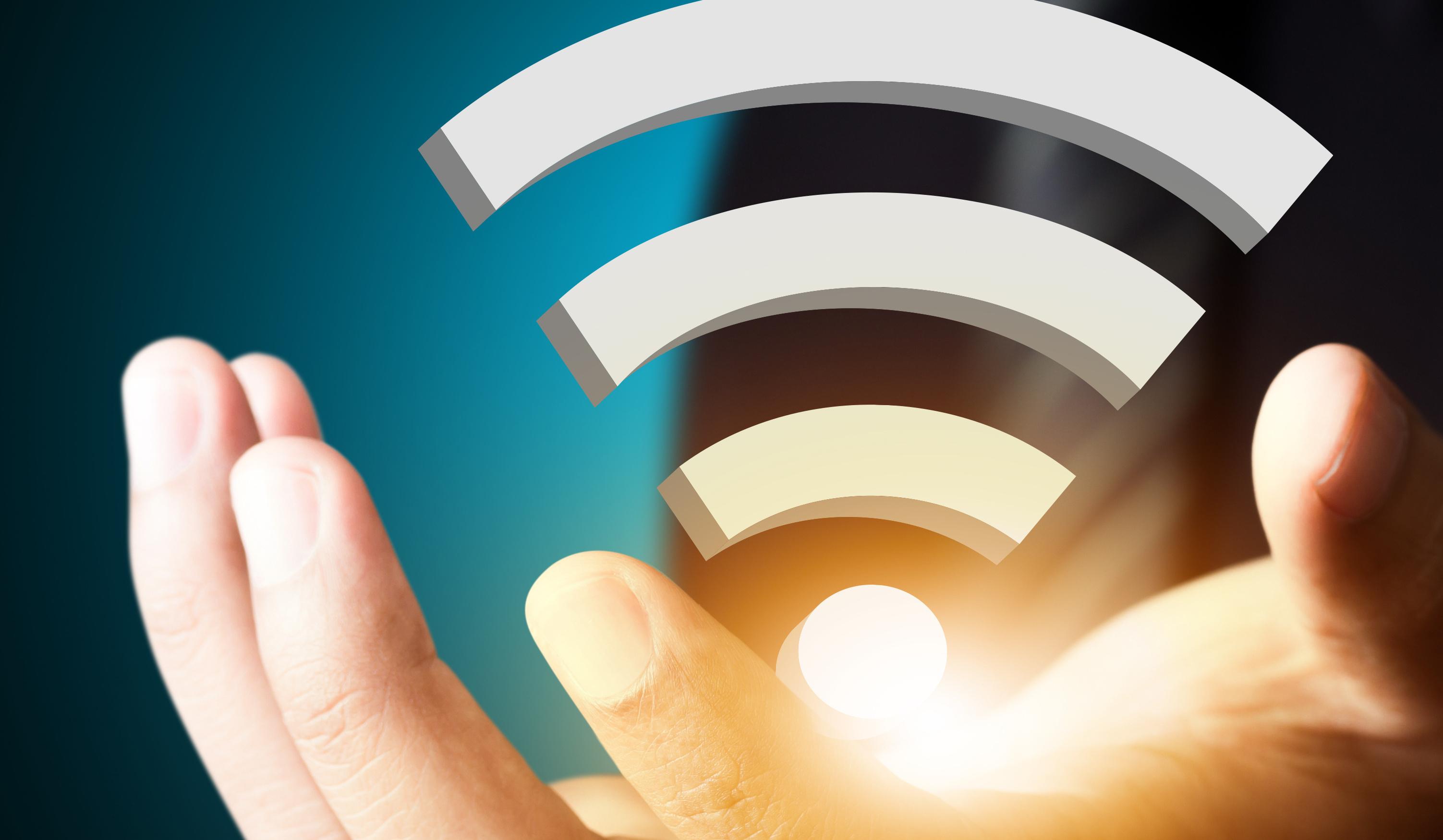 В августе Роскомнадзор проверил около 4 тыс. точек доступа Wi-Fi в общественных местах 1