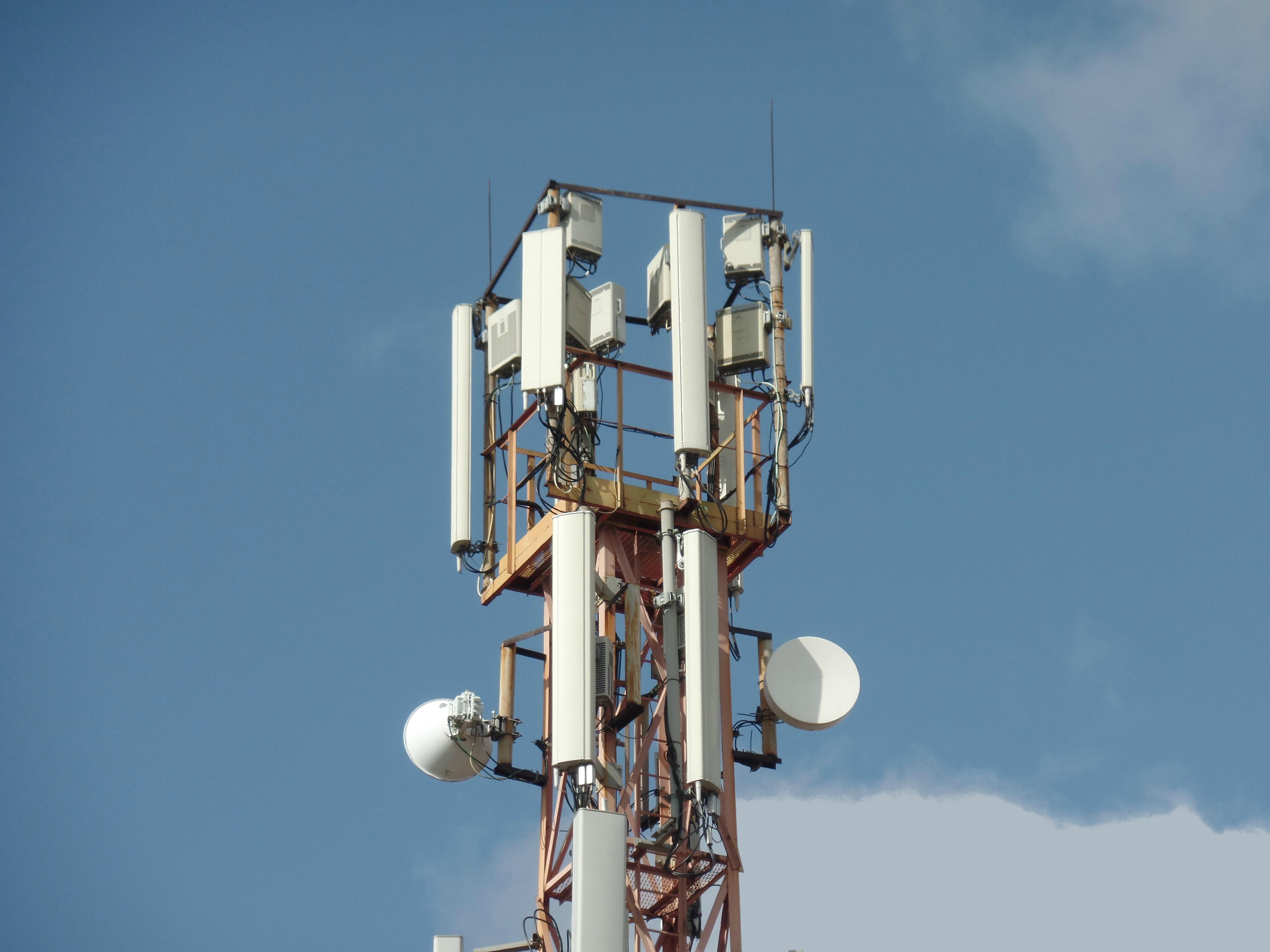 За 11 месяцев количество радиоэлектронных средств операторов «большой четверки» выросло на 13% 1