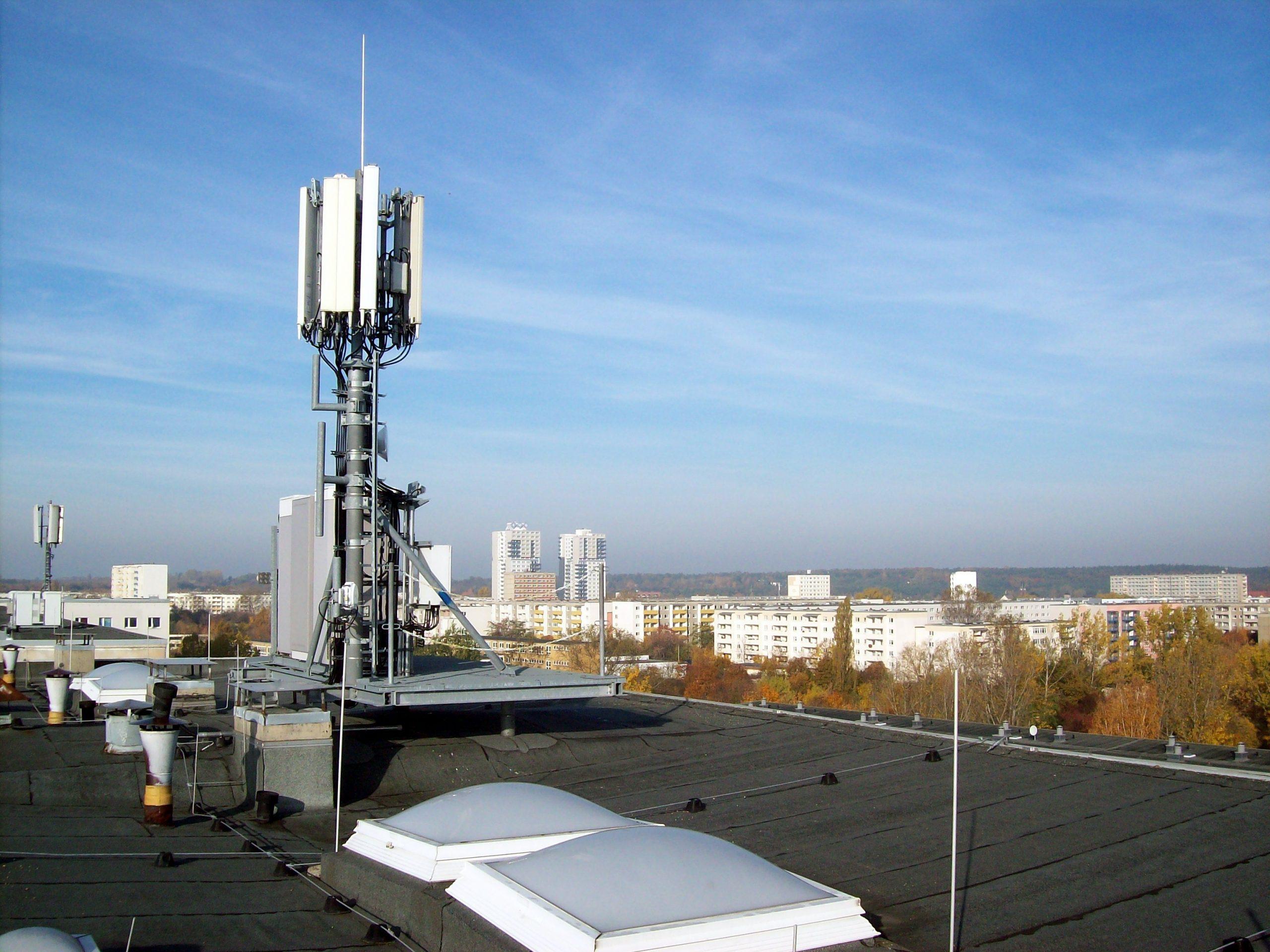 Лидерами по запуску 4G в России стали МТС и Tele2 1