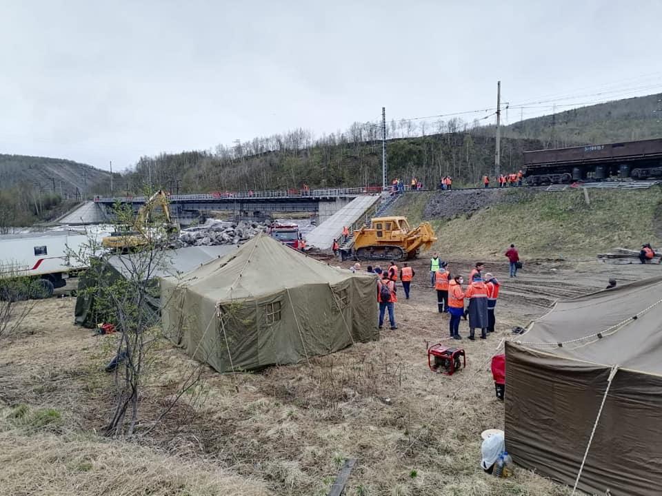 Специалисты компании ТрансТелеКом сохранили связь для Мурманской области после обрушения опоры моста 1