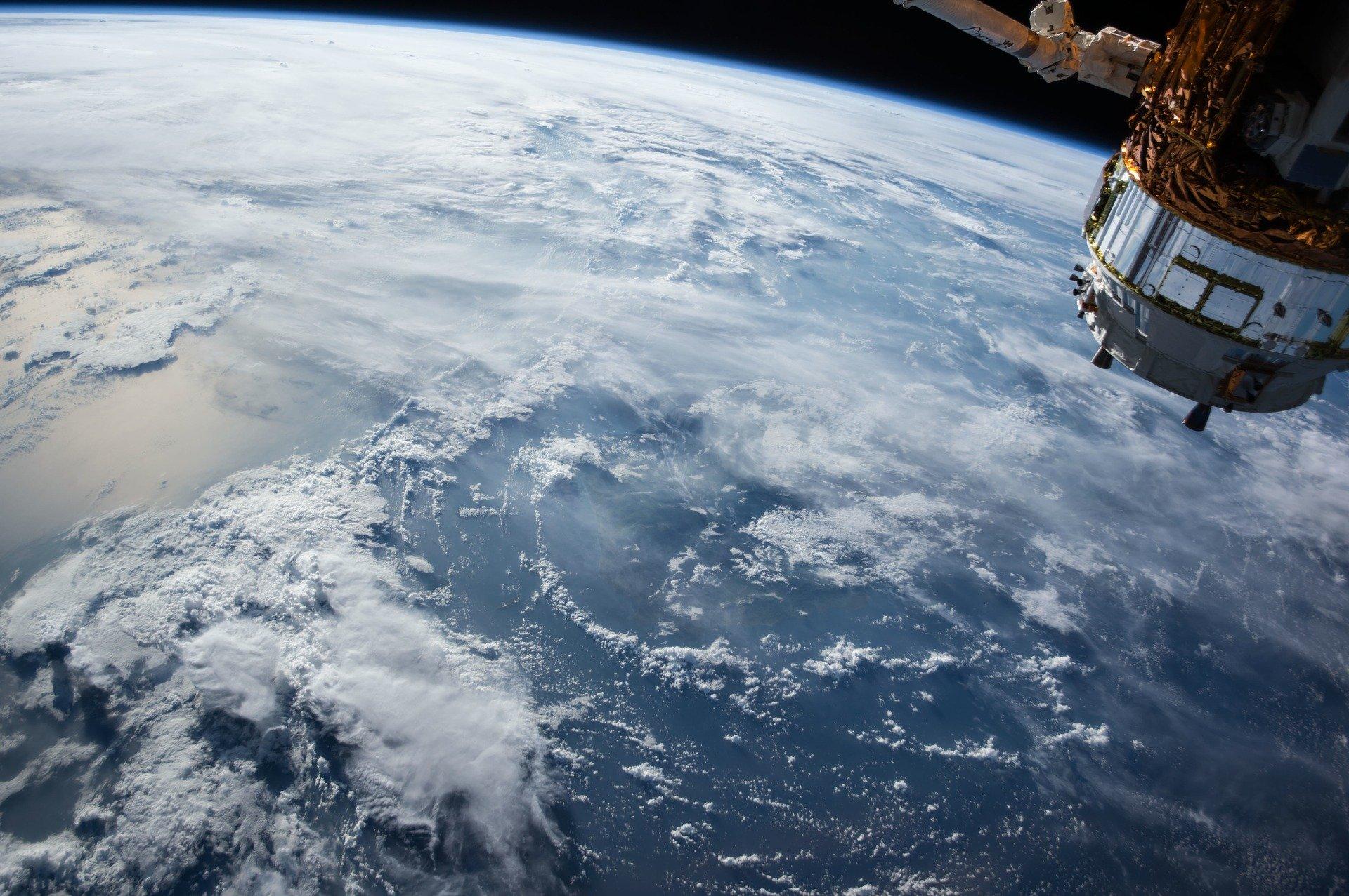 МегаФон инвестирует 6 млрд руб. в разработку системы спутниковой передачи данных 1
