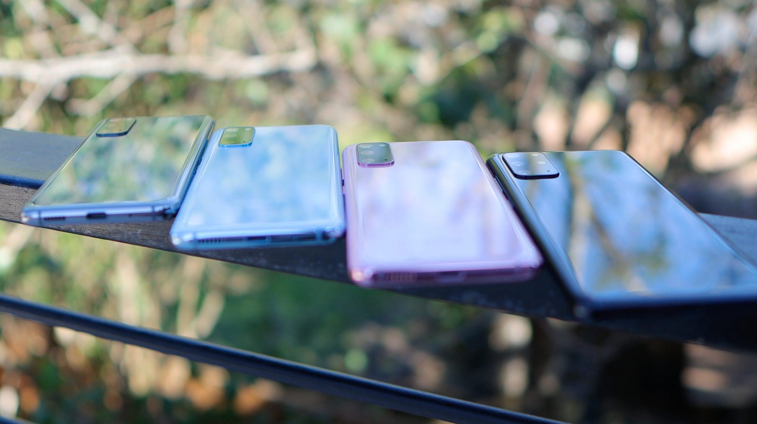 Какие смартфоны предпочли в Мурманской области в 2020 году ? 1