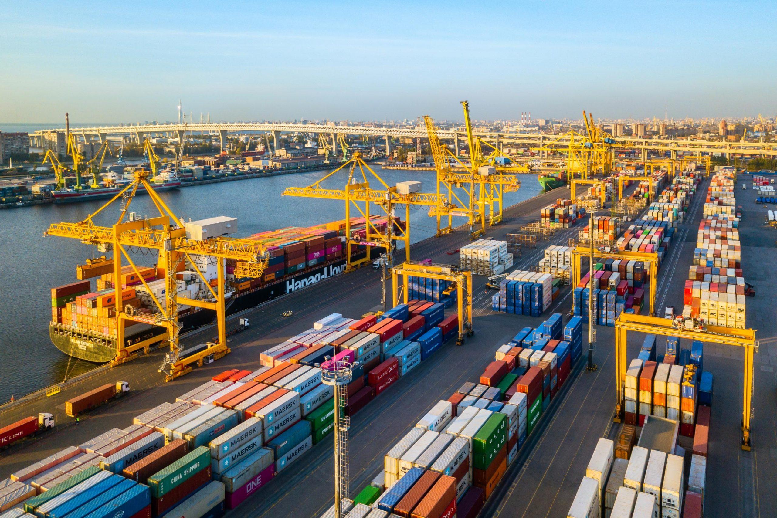 «Ростелеком» улучшил качество мобильной связи в порту Санкт-Петербурга 1